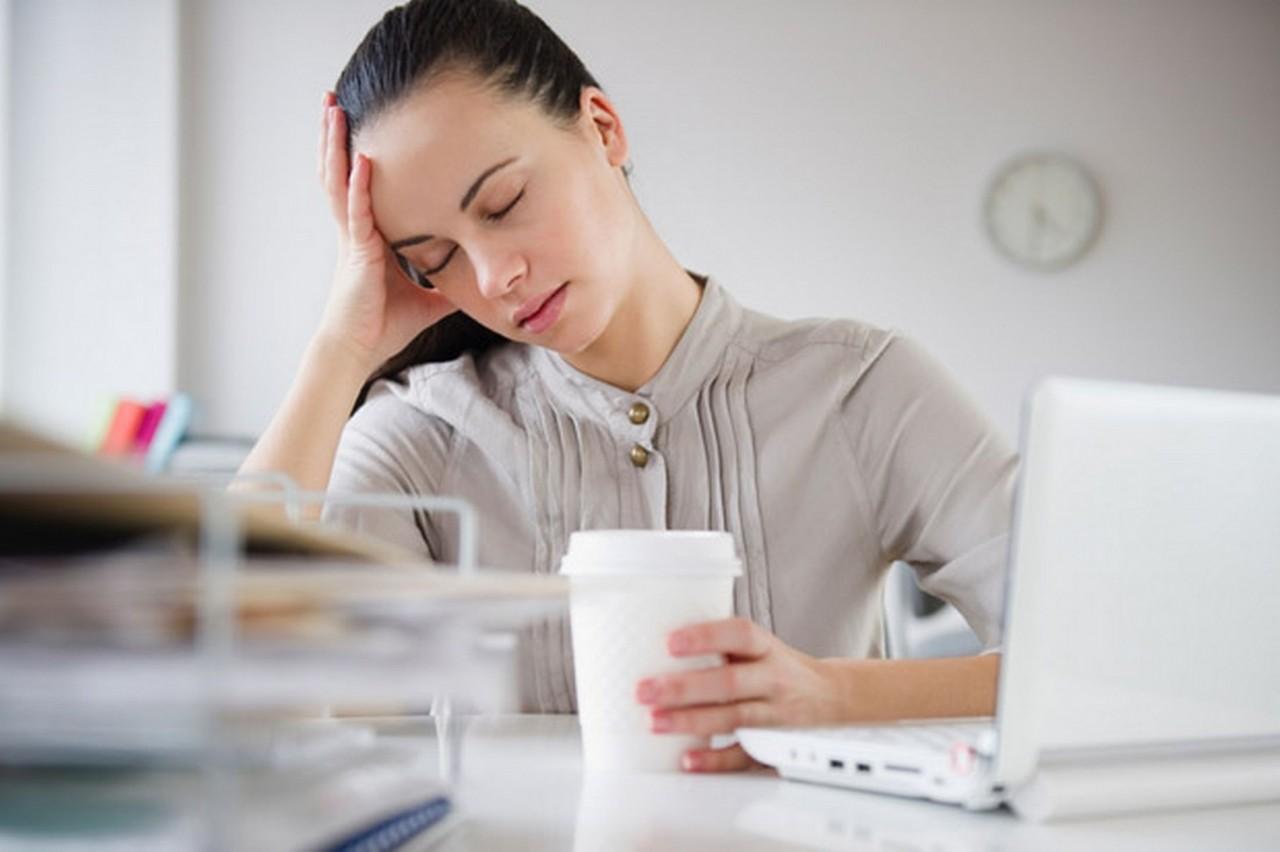 8 posturas para el dolor de cabeza