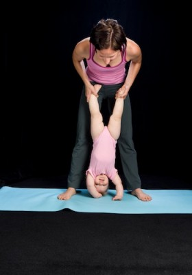 b2ap3_thumbnail_hope-baby-handstand-350.jpg