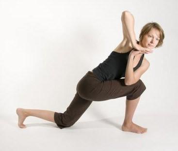 50 días 50 posturas. Dia 18. Postura del ángulo lateral invertido ... 19865b722b3a