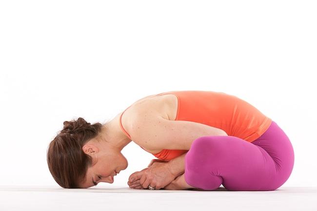Resultado de imagen para postura mariposa yoga
