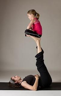 tips para practicar yoga con tus hijos  asociación de